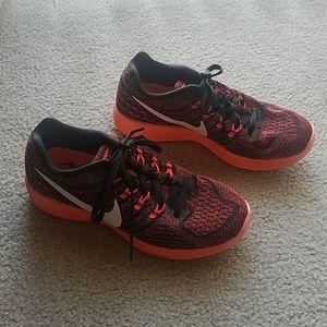 Nike Shoes - Nike Lunartempo 2 running shoe